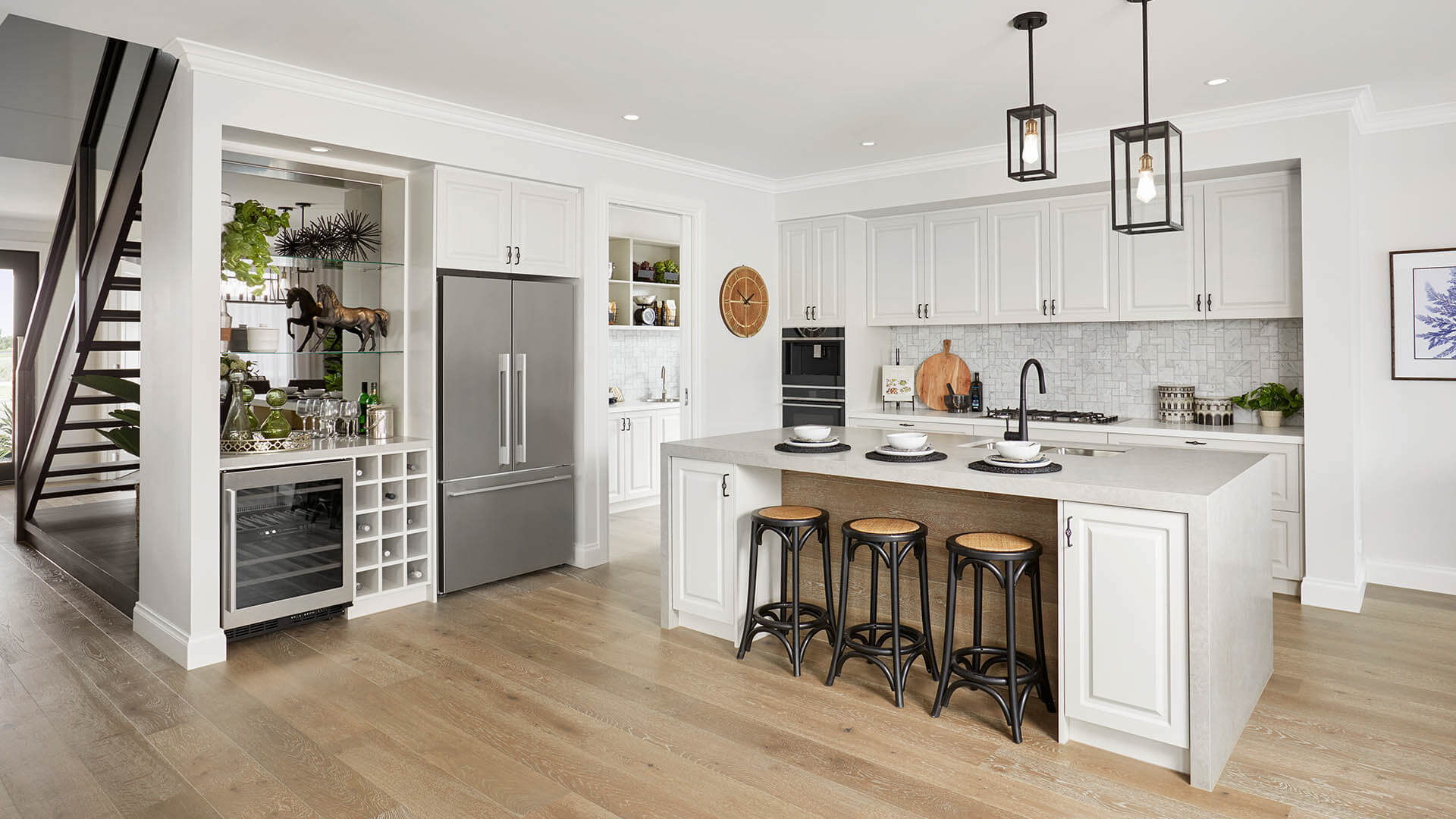 Lorne kitchen2